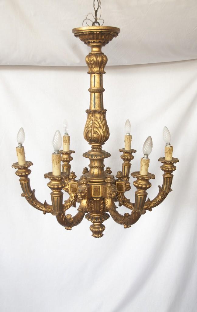 """Art. LL14 - Antico lampadario in legno scolpito, intagliato dorato. 6 bracci, periodo e stile """"Firenze capitale"""" 1870c.a."""