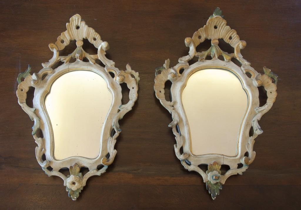 Art. SP7 - Coppia di specchierine laccate e dorate , di epoca e stile Luigi Filippo, specchi e al mercurio originali