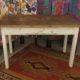 Art. TP17 - Piccolo tavolo contadino in legno di abete e castagno naturale. Toscana 1930/40
