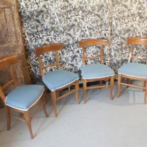 Art SE11 - 4 Sedie neoclassiche, Luigi XVI/direttorio, in legno noce. Toscana fine 700'