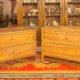Art.CMO.6 - Coppia di comò Luigi XVI, in legno di noce con filetti e cornici in palissandro