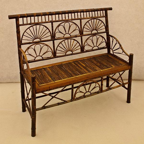 Art.DD.6 - Raro divano – parte di un salotto – in bambù di gusto orientalista, Venezia inizio 800