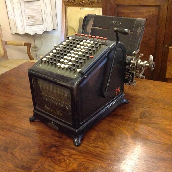 Art.MIS.10 - Calcolatrice manuale Burroughs, ferro verniciato nero, 1905, ultimo modello prodotto senza alimentazione elettrica
