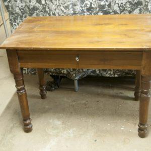 Art. TSC14 - Antico tavolino scrittoio in legno di noce, Toscana seconda metà 800'
